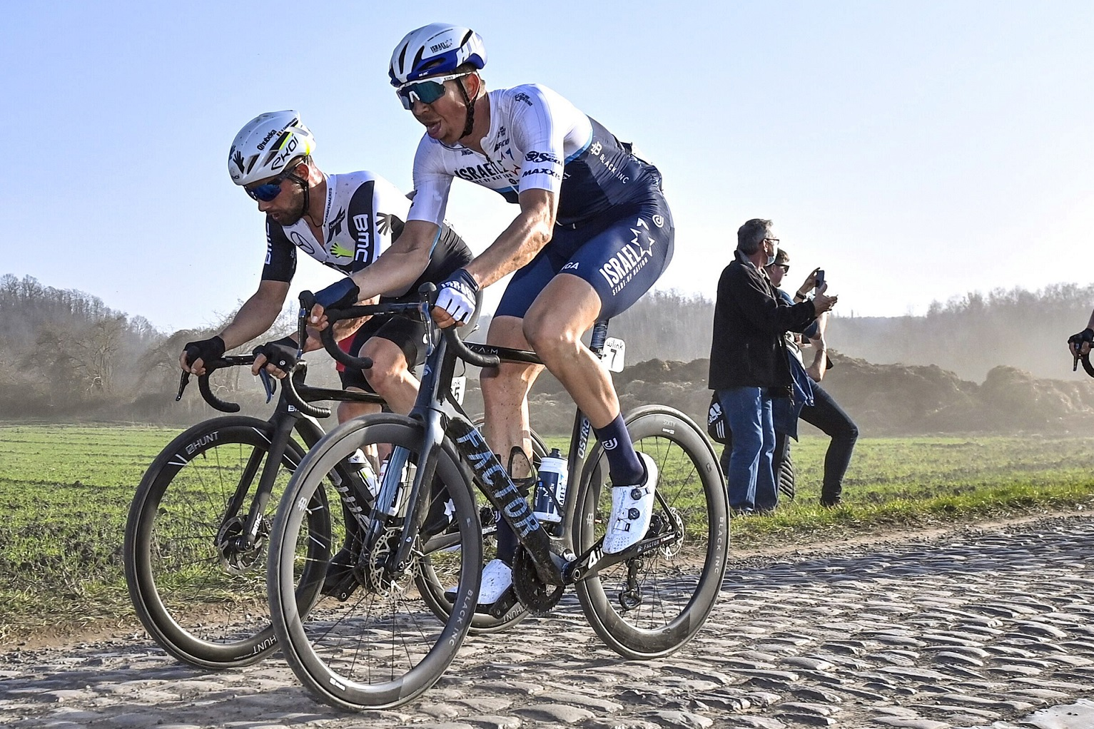 Vanmarcke shows strength in Le Samyn