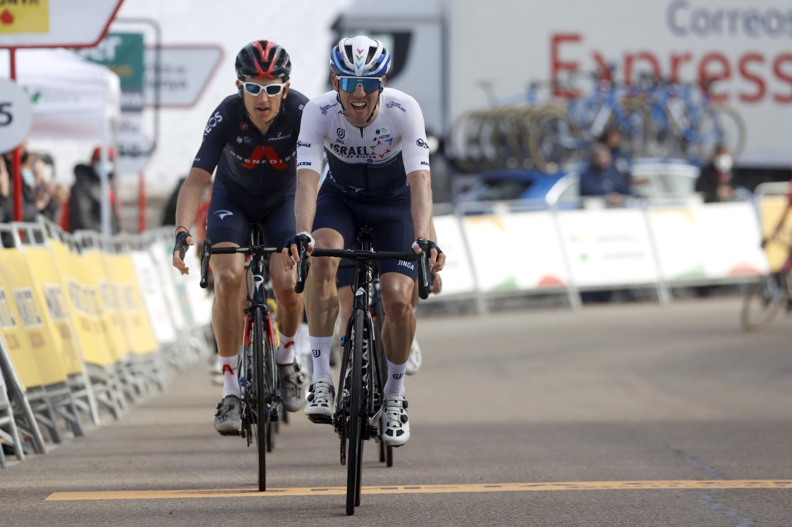 Woods impresses with furious uphill sprint to second place in stage 4 Catalunya