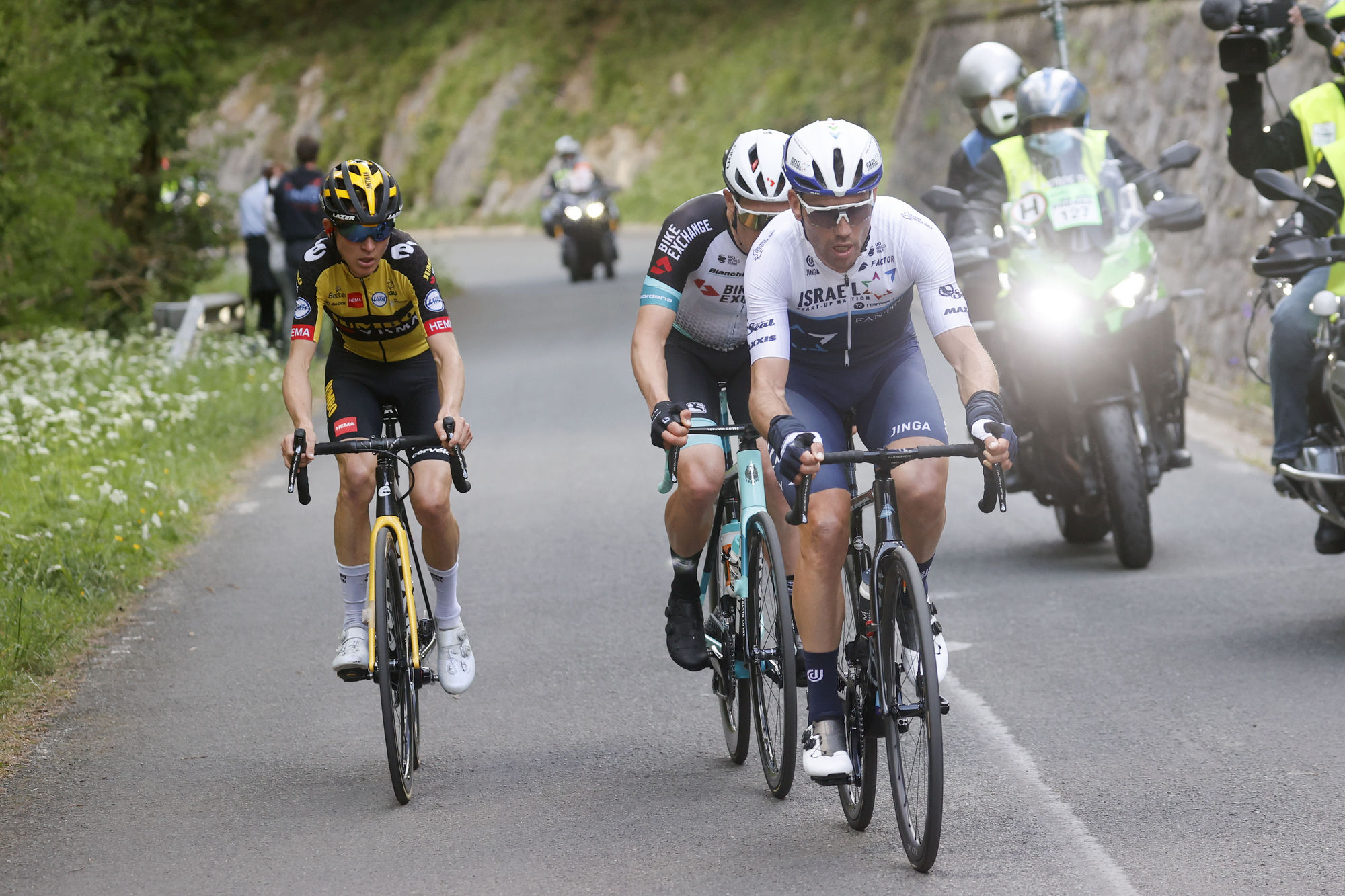 TO THE FINISH IN THE BASQUE COUNTRY