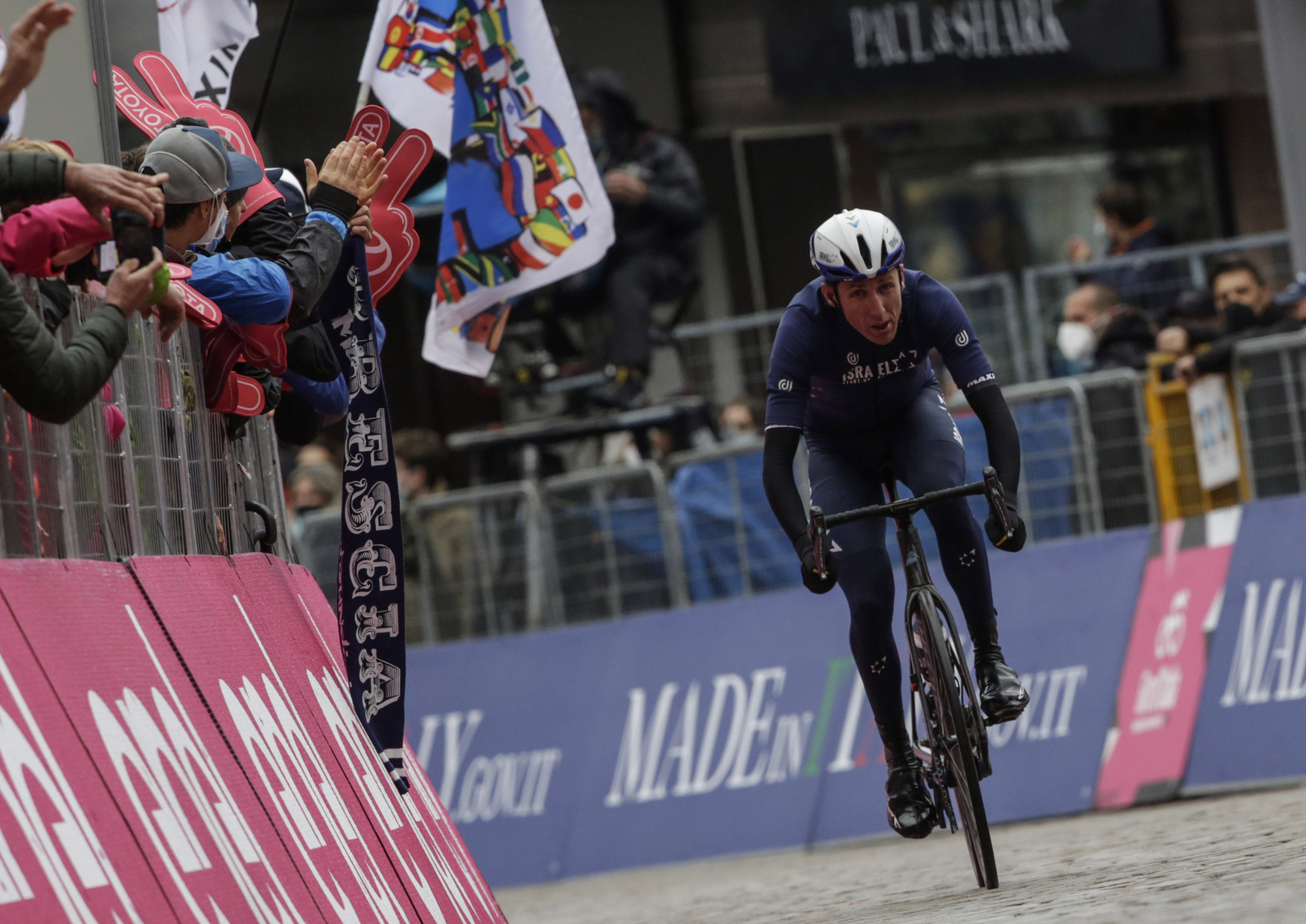 Martin stays twelfth in GC after one-on-one fight in shortened Giro stage
